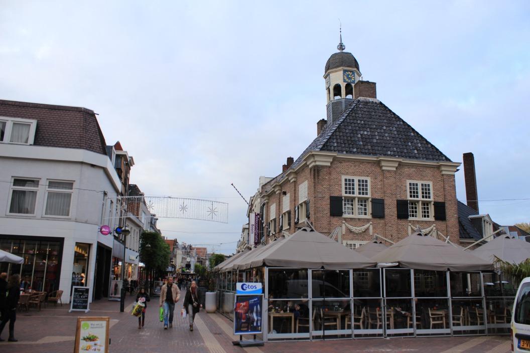 Wetshuys / Verkeershuis / Raadhuis