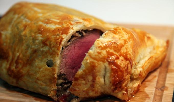 Recept: Warme paté met bladerdeeg. Een lekker Twents recept.