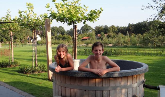 Op vakantie bij de boer in Twente. Ervaar met de kids het boerenleven.