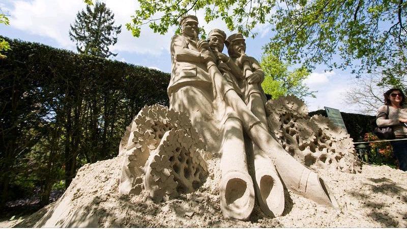 Zandsculpturen Landgoed Warmelo