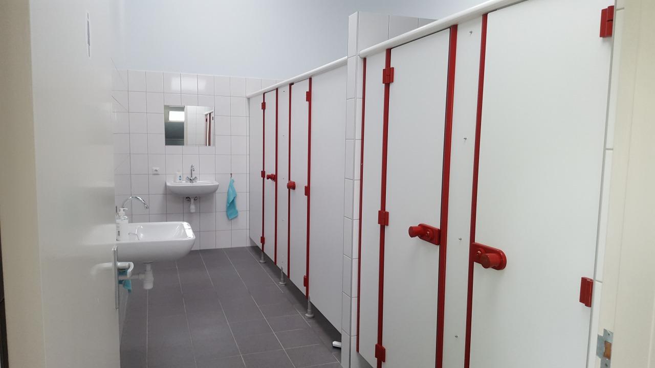 Stortbak Chemisch Toilet.Mini Camping De Nieuwe Bosplaats Visitoost